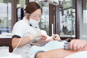 インプラント治療の流れ