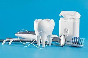 重度歯周炎に対して歯周病治療および矯正治療の後インプラントにて欠損部位を補綴のイメージ